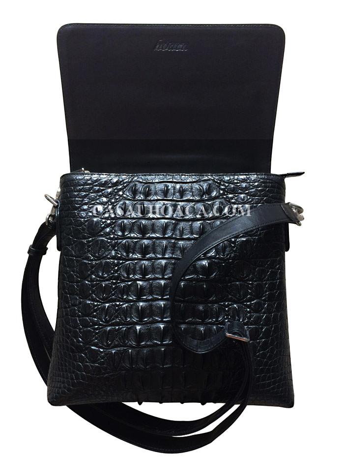 Mặt nắp túi đeo chéo da cá sấu 0199