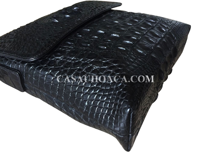 Măt ngoài túi đeo chéo da cá sấu màu đen 0199