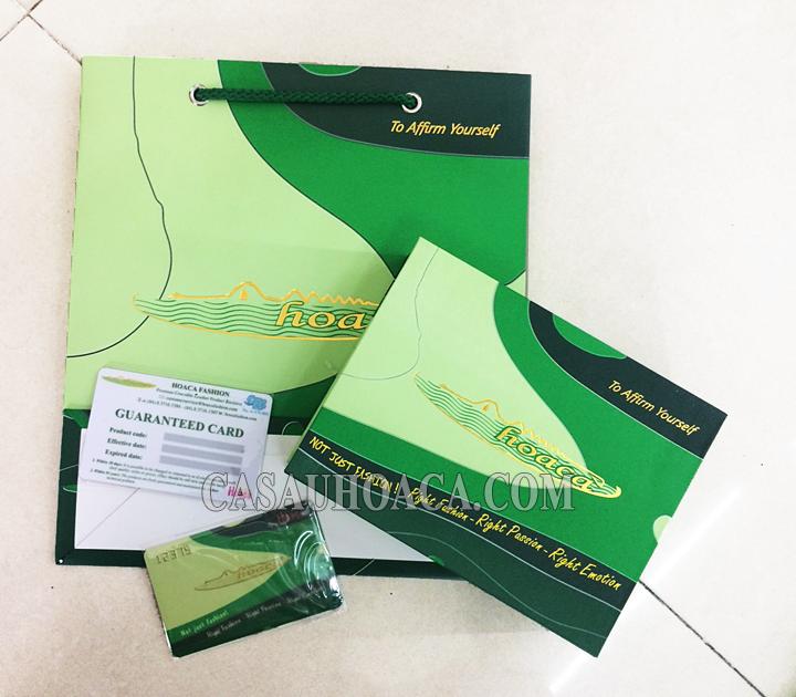 Hộp bao bì sản phẩm thời trang cao cấp Cá Sấu Hoa Cà