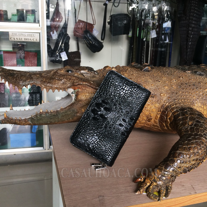 Ví da cá sấu da nguyên con tại shop
