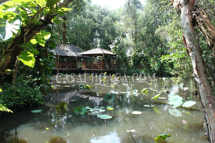 quán ăn tại làng cá sấu