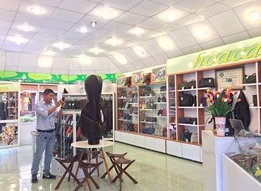 Các thương hiệu bán túi xách da cá sấu hàng đầu tại Việt Nam