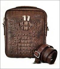 Túi đeo chéo nam da cá sấu màu nâu cao cấp - 0201