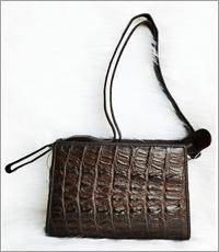 Túi đeo chéo nữ cá sấu hoa cà - DA0008