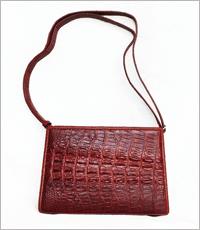 Túi đeo chéo nữ da cá sấu Hoa Cà D0008